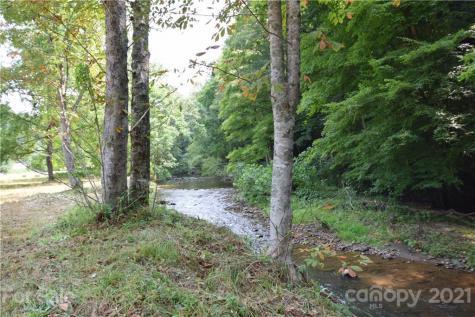 1907 N 226 Highway Bakersville NC 28705