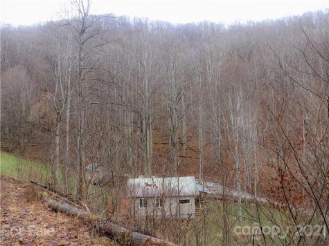 13751 Hwy 226 Highway Bakersville NC 28705