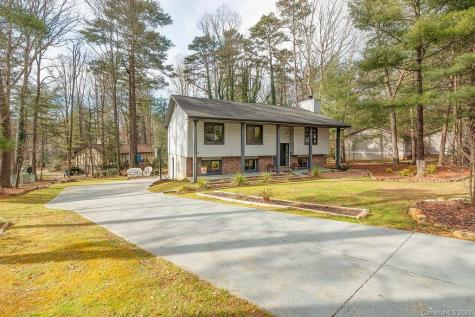 18 Golden Oaks Lane Fletcher NC 28732