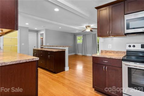 288 Sand Hill Road Asheville NC 28806