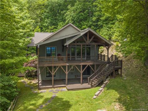 65 Fortune View Drive Waynesville NC 28786