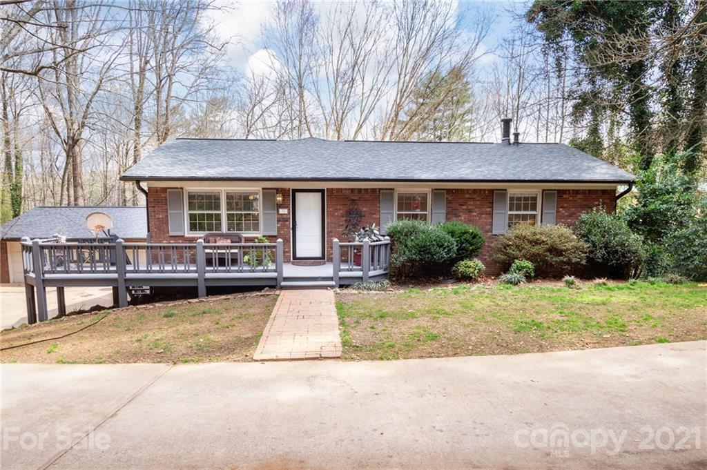 31 Springwood Drive Asheville NC 28805