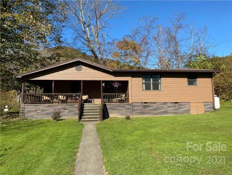 534 Aaron Branch Road Bakersville NC 28705