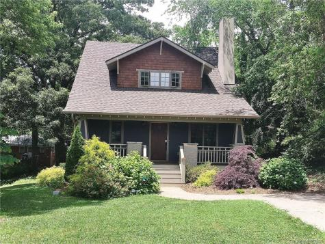 22 Winchester Place Asheville NC 28806