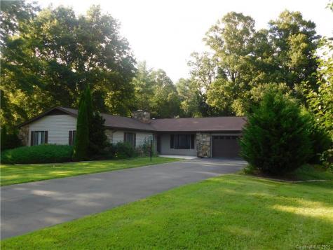 118 Larchmont Drive Hendersonville NC 28791
