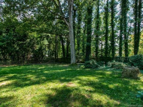 12 Oak Forest Drive Asheville NC 28803