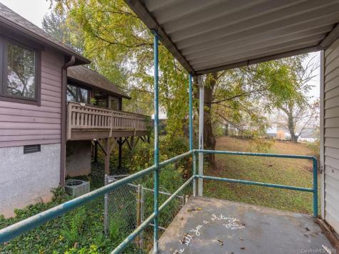 156 Sulphur Springs Road Asheville NC 28806